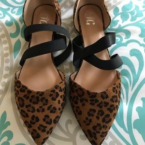 Journee Collection Leopard Print flats